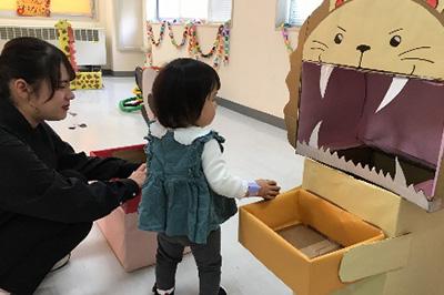 フィールドでの学び 幼児が遊べるブース作り