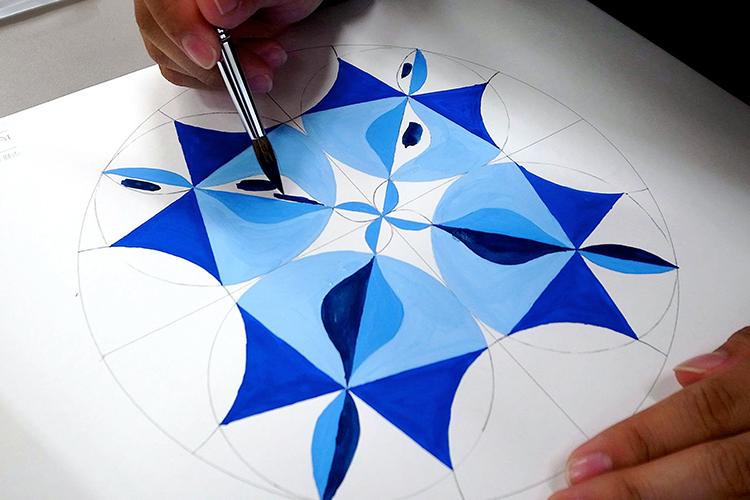 弘前大学 教育学部 音楽教育 幾何学模様