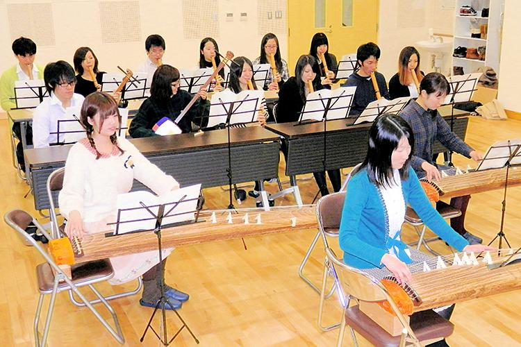 弘前大学 教育学部 音楽教育 弦楽器