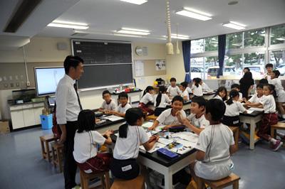 授業・実習風景 実習生も子どもたちも笑顔です