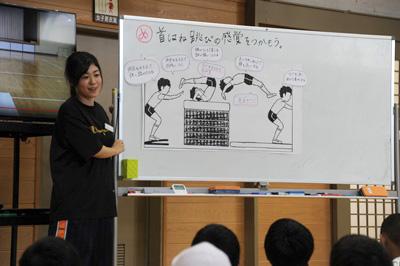 授業・実習風景 視覚的にわかりやすく工夫された説明が大切です